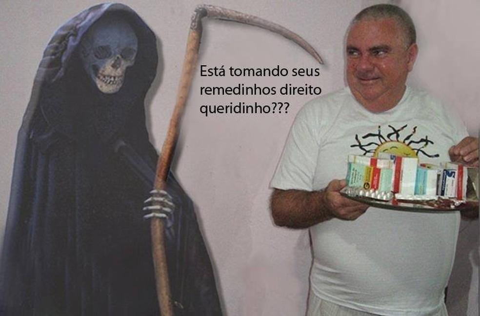 Em montagem publicada no Facebook, o aposentado Roberto Rossi brinca com a morte (Foto: Reprodução)