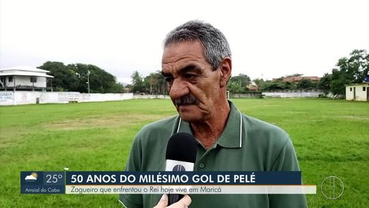 Autor do pênalti que gerou milésimo gol do Pelé levanta polêmica do lance 50 anos depois