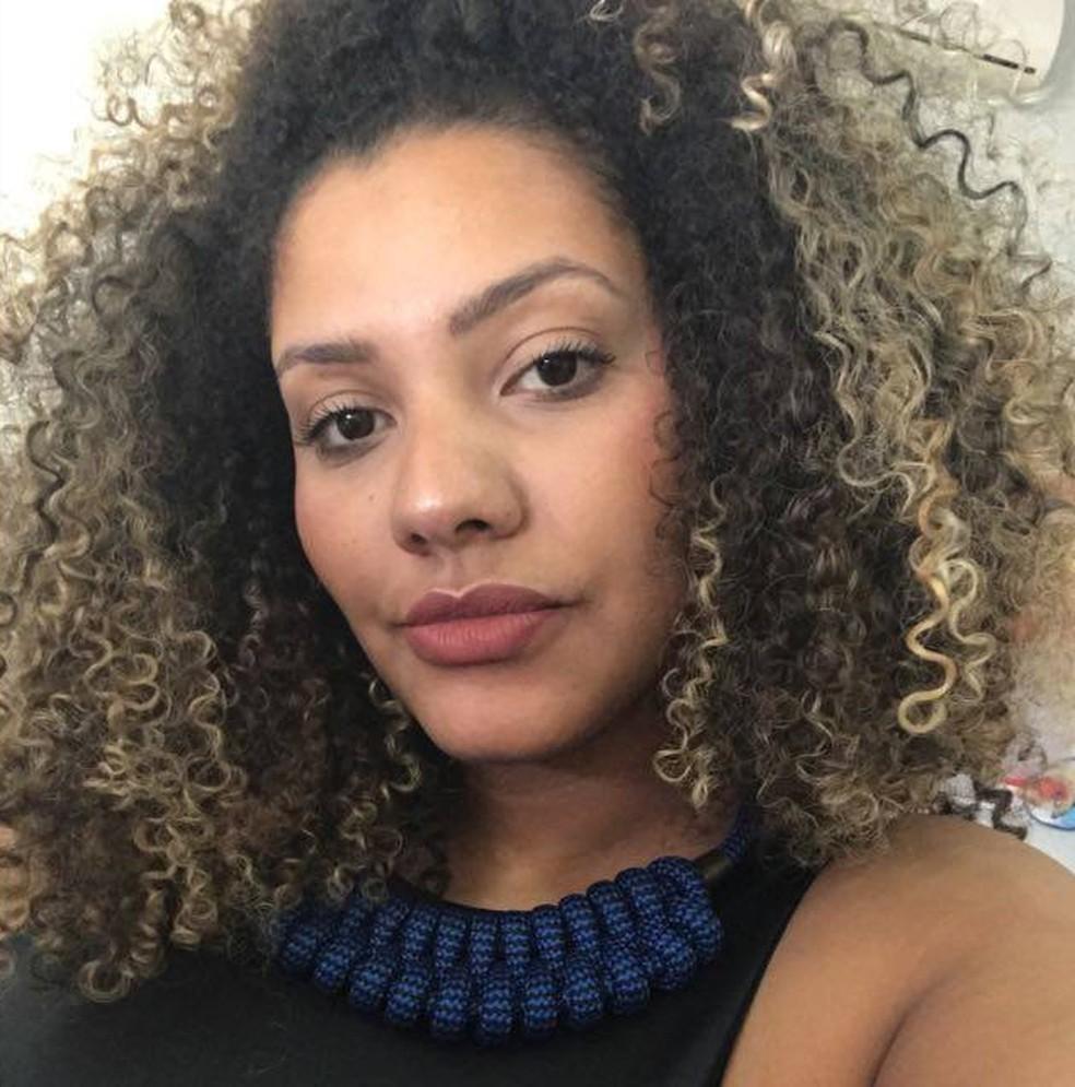 Tainá Souza, de 25 anos, deixou de usar a pílula há 4 anos (Foto: Arquivo Pessoal)