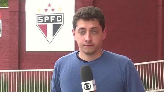 Daniel Alves é poupado de mais um trabalho no campo no São Paulo e tem conversa com Diniz