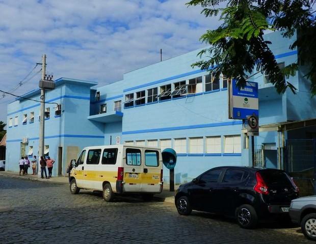 Policlínica de São João Neponuceno (Foto: Márcio Sabones)
