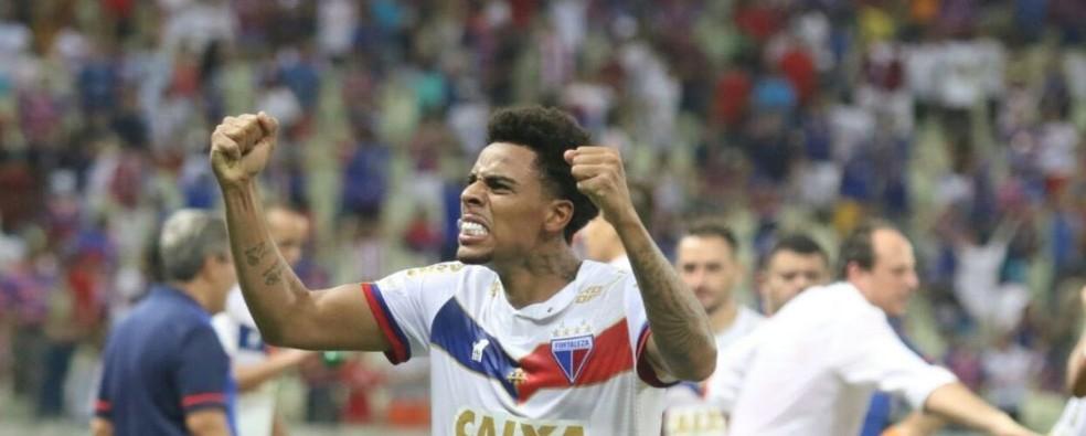 67d43565dca26 Gustagol é o Artilheiro do Ano no futebol brasileiro. Veja o top 3 ...