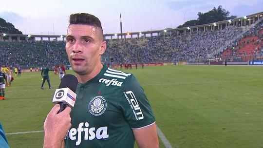 """""""Era importante retomar o caminho das vitórias"""", diz Moisés após partida contra o Inter"""