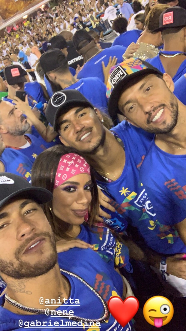 Neymar com Anitta, Gabriel Medina e Nenê (Foto: Reprodução/Instagram)