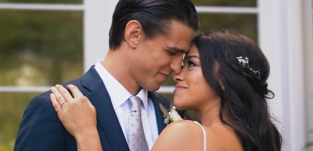Gina Rodriguez e Joe LoCicero (Foto: Reprodução/Instagram)