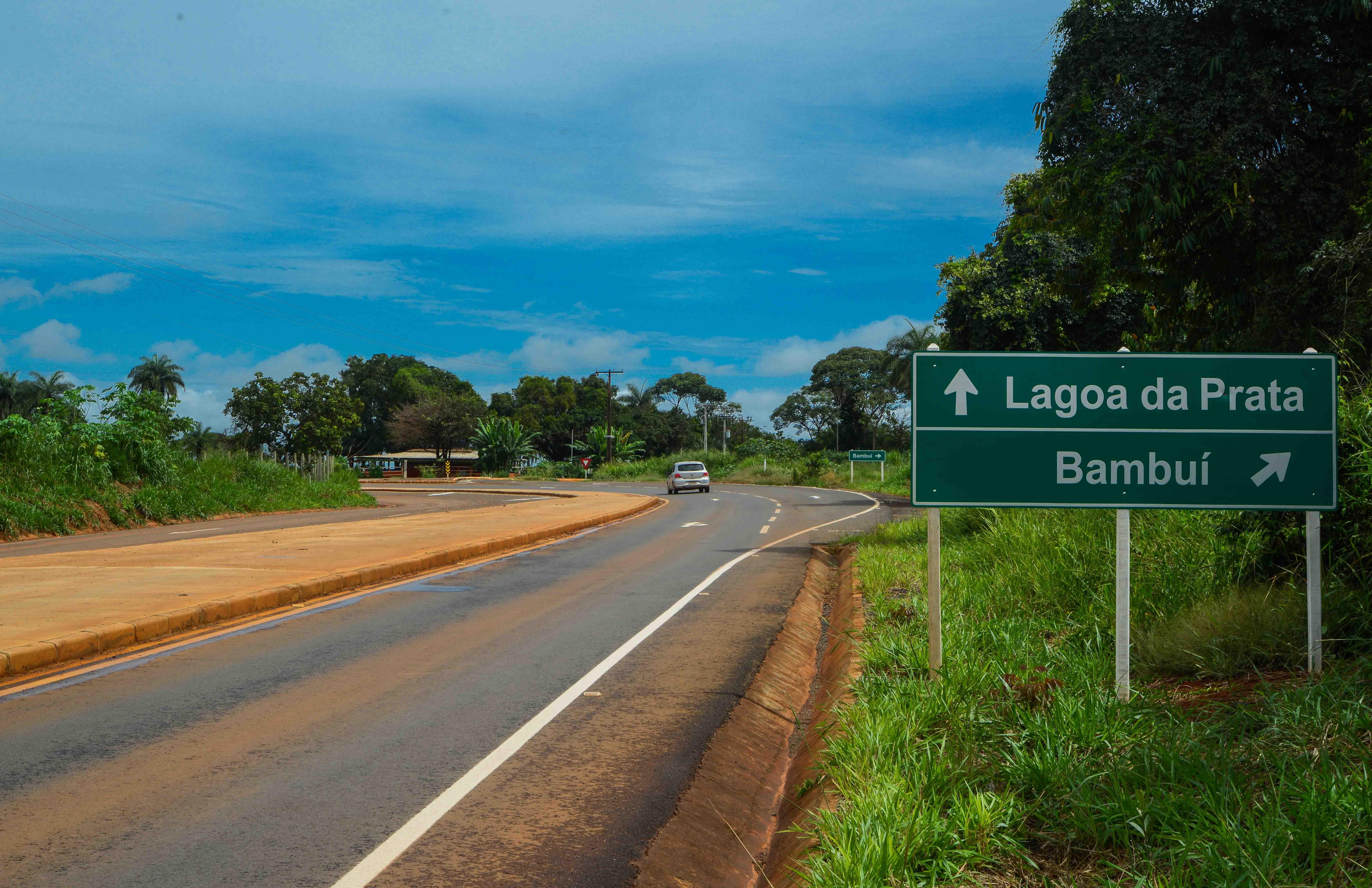 Cerimônia marca entrega de obras em rodovias estaduais que passam por Luz e Lagoa da Prata