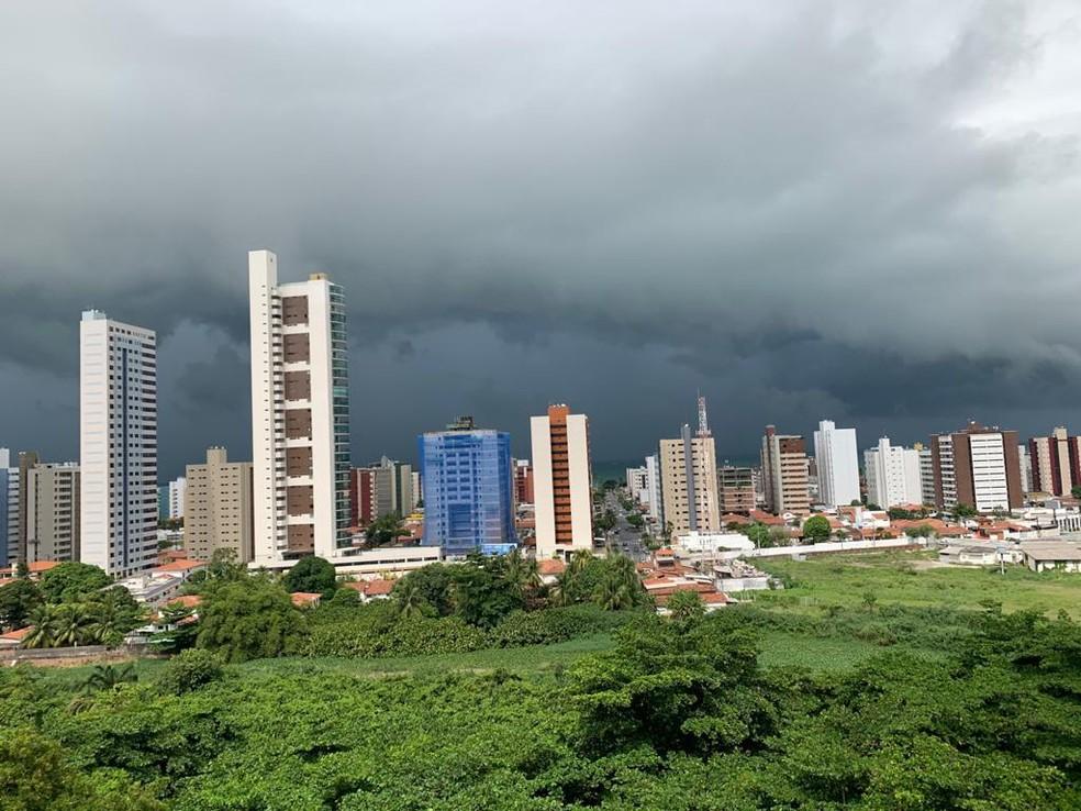 João Pessoa está sob alerta do Inmet neste domingo (24) e segunda-feira (25) — Foto: Aline Alencar/Arquivo Pessoal