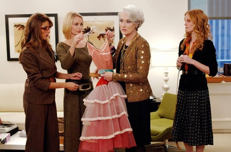 Miranda Priestley dita regras de estilo em O Diabo Veste Prada (Foto: Reprodução)