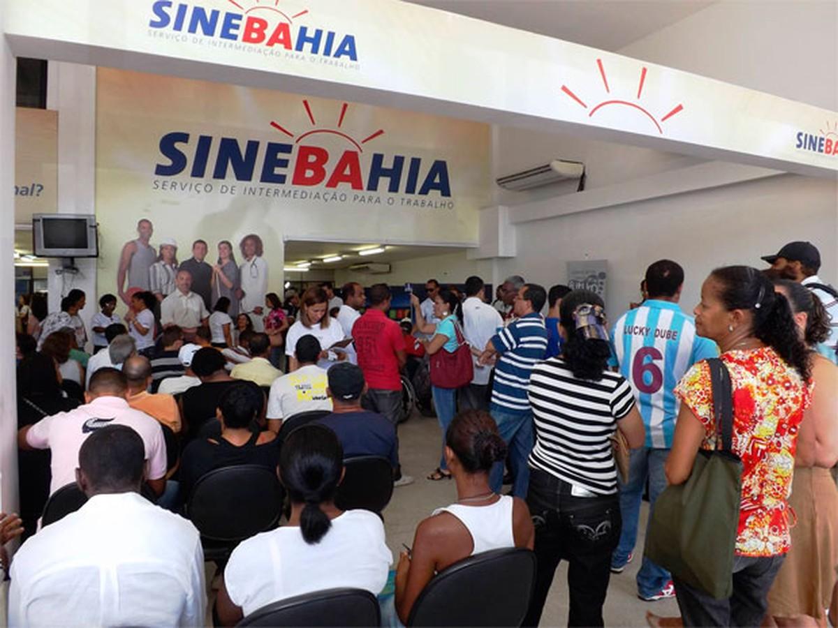SineBahia tem vagas para médico, dentista, manicure e outros; confira lista
