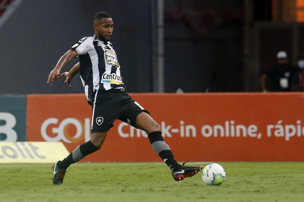 Helerson fez a primeira partida pelo Botafogo em 2020 contra o Internacional — Foto: Vitor Silva/Botafogo