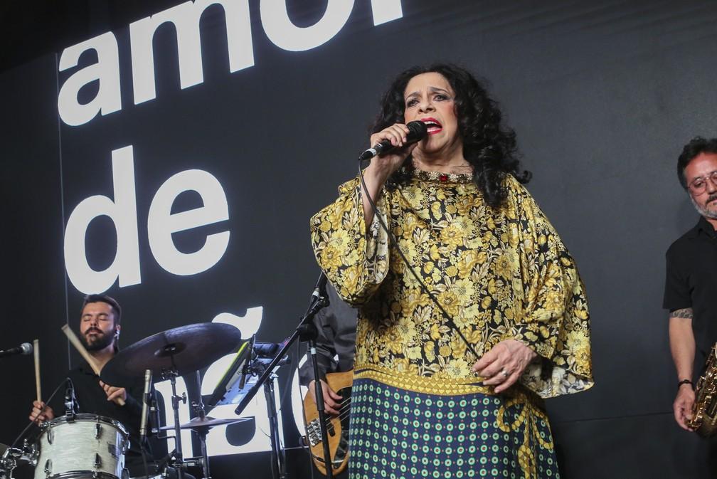 """Na trilha sonora de """"Amor de mãe"""", Gal Costa cantou na festa de lançamento da novela  — Foto: Globo / Reginaldo Teixeira"""