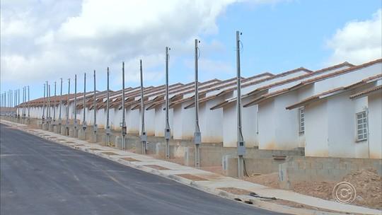 Famílias são retiradas de lista para receber casas em conjunto habitacional de Campo Limpo Paulista