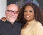 Paulo Coelho é entrevistado por Oprah   Divulgação/ Sextante