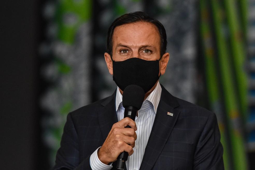 João Doria, (PSDB) Governador de São Paulo, participa de coletiva de imprensa para falar sore o combate ao Coronavírus, (Covid-19) no Palácio dos Bandeirantes, nesta quarta feira (24).   — Foto: ROBERTO CASIMIRO/FOTOARENA/ESTADÃO CONTEÚDO
