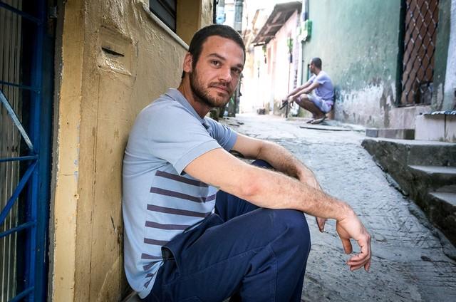 Emilio Dantas é Rubinho em 'A força do querer' (Foto:  Globo/Raquel Cunha)