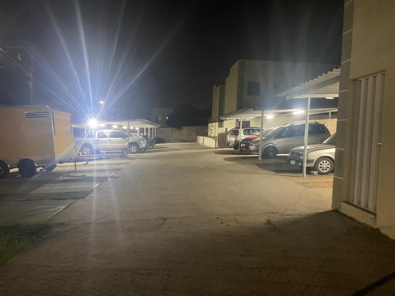 Homem é morto a tiros na frente do filho de 7 anos em Ribeirão das Neves, na Grande BH