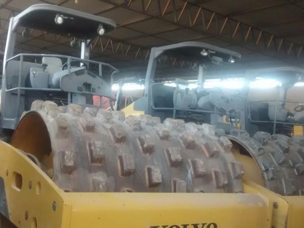Empresas de prestação de serviços faziam empréstimos e adquiriam máquinas pesadas (Foto: PF/Divulgação)
