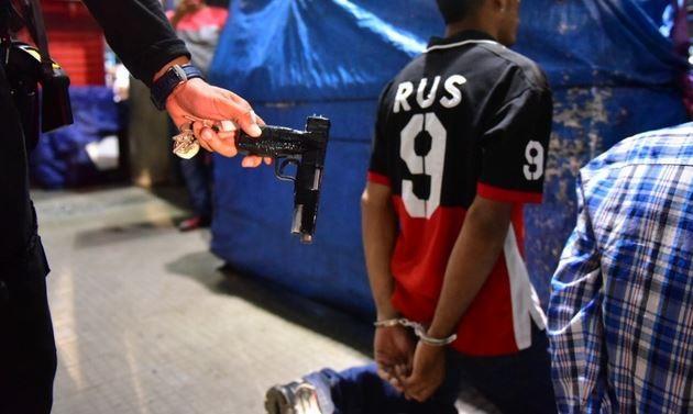 Suspeitos de assaltos a coletivos são detidos com armas em Manaus
