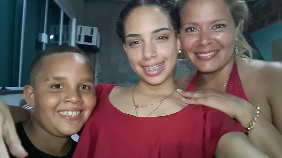 Wictor, Lindsay e Luciana de Almeida, mortos no ataque de Marechal Hermes — Foto: Reprodução/TV Globo