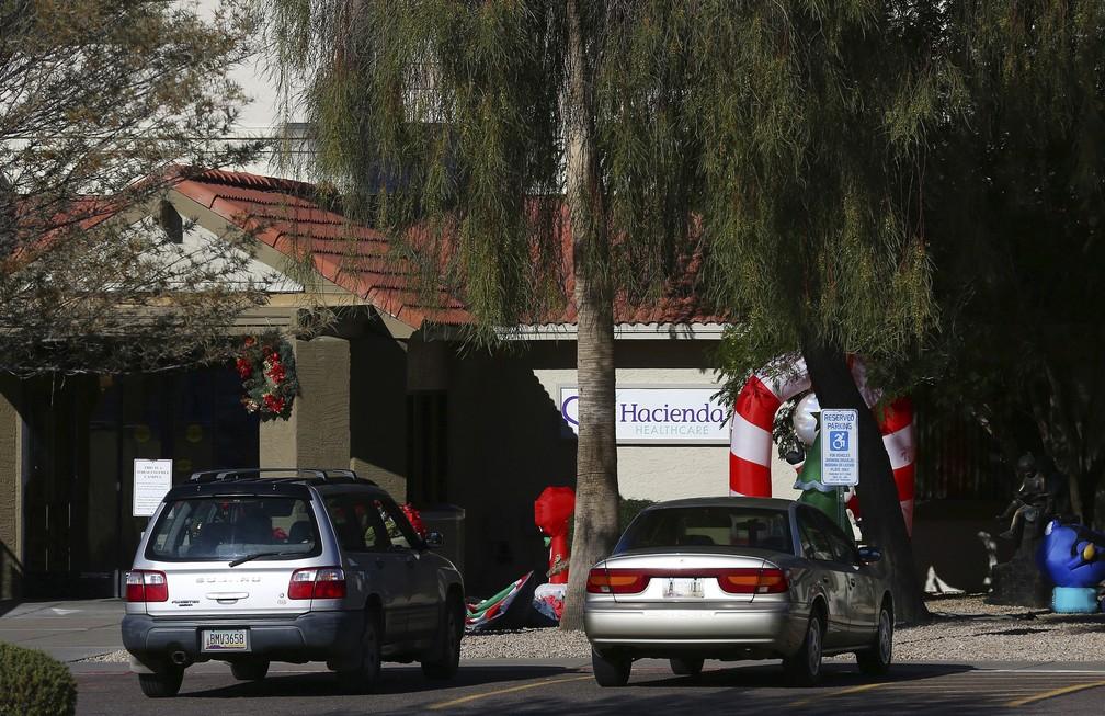 Fachada da clínica no Arizona, EUA, onde paciente em estado vegetativo engravidou — Foto: Ross D. Franklin/AP Photo