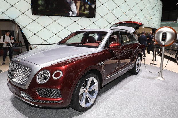 Bentley Bentayga Híbrido (Foto: Newspress)
