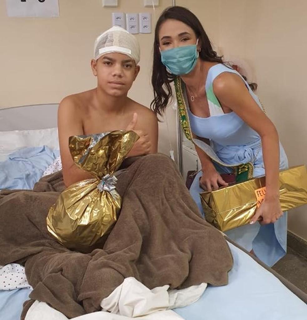 Miss Brasil criou projeto social com o objetivo de influenciar o bem através da sua imagem — Foto: LV Assessoria/Divulgação