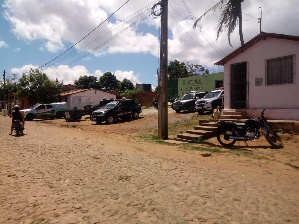 Presos entram em confronto em cadeia superlotada no Ceará (Foto: Arquivo pessoal)