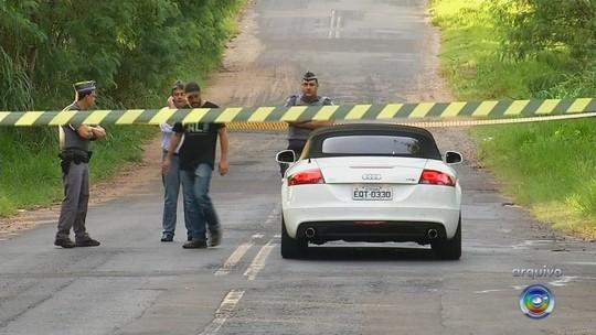 Mulher é presa suspeita de envolvimento na morte do empresário baleado em carro conversível de luxo