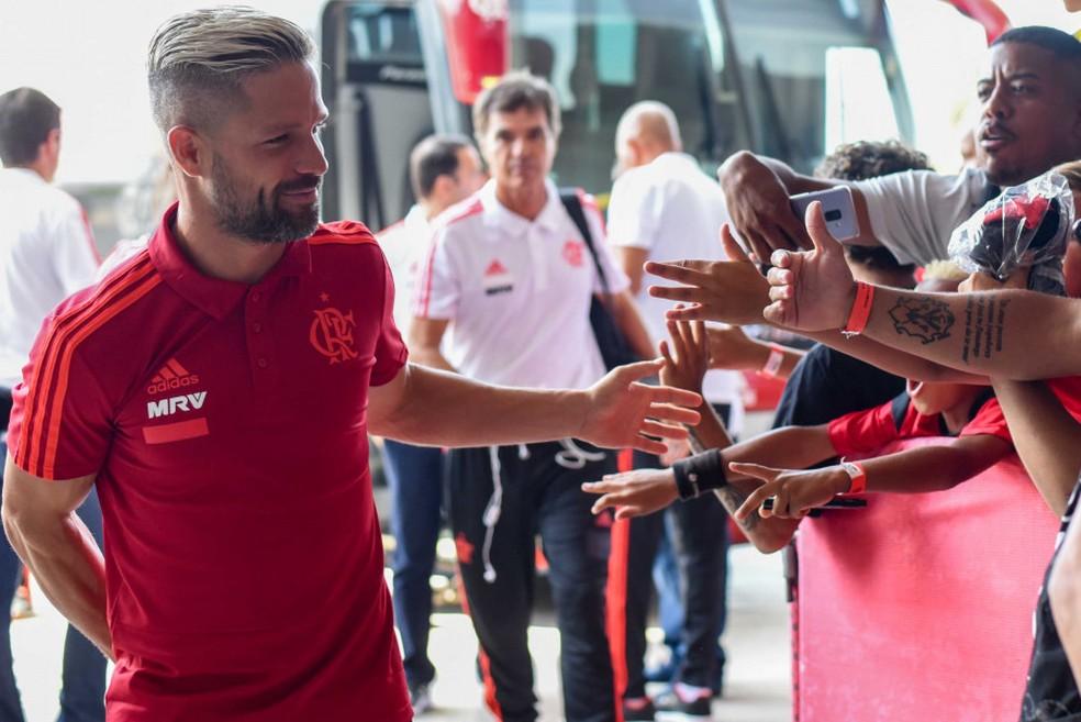 Diego tem o reconhecimento da torcida do Flamengo — Foto: Alexandre Vidal / Flamengo