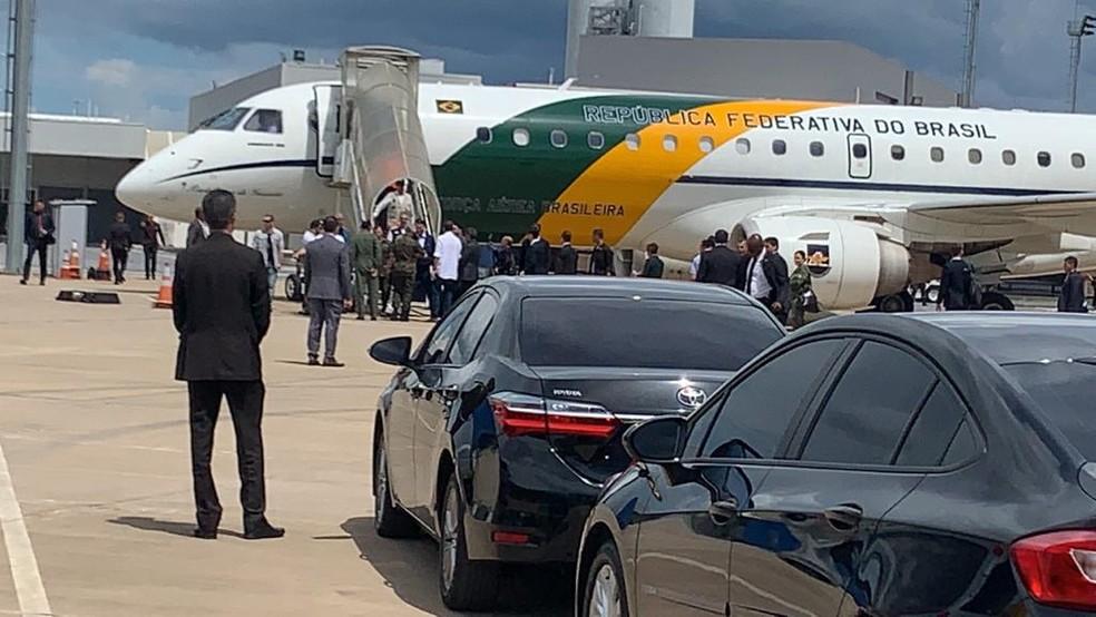 Avião da Presidência pousa no aeroporto, em Confins, na Grande BH — Foto: Reprodução