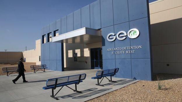 Geo Group é uma das principais administradoras de centros de detenção privados do país (Foto: GETTY IMAGES)