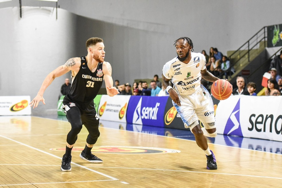 Nick Wiggins, do Bauru Basket, contra Robinson do Corinthians, pelo Campeonato Paulista 2019 — Foto: Victor Lira/Bauru Basket