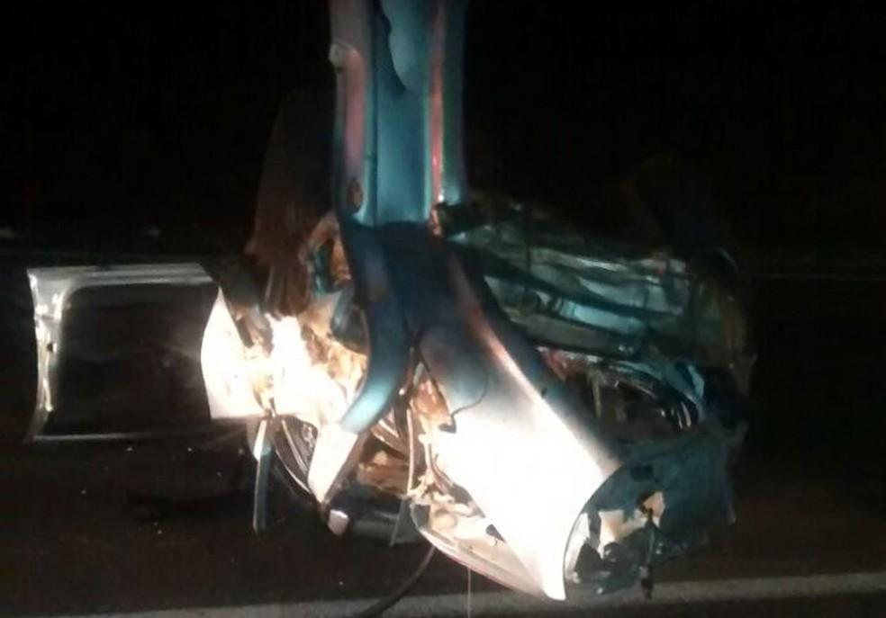 Acidente aconteceu na Rodovia Marechal Rondon em São Manuel (Foto: Polícia Rodoviária/Divulgação)