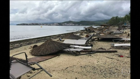 Tornado e chuvas de granizo matam seis turistas e ferem dezenas na Grécia