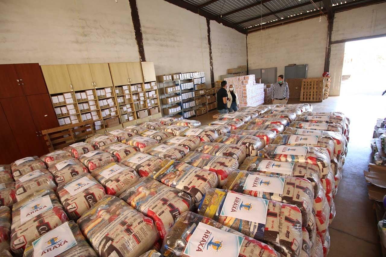 Prefeitura de Araxá aumenta e diversifica os itens das cestas básicas para famílias carentes
