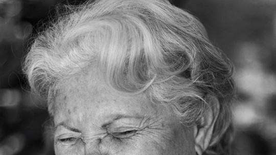 Aos 72 anos, a mineira Dona Dirce vira influenciadora digital e faz sucesso na internet