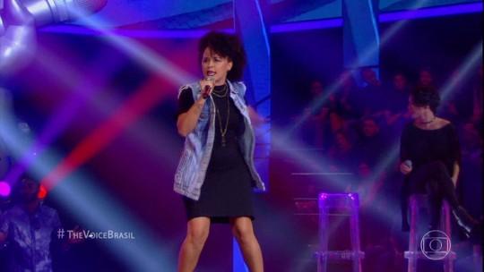 """Paraibana Nathalia Bellar canta """"Hoje Eu Quero Sair Só"""" e é eliminada no Tira-Teima"""