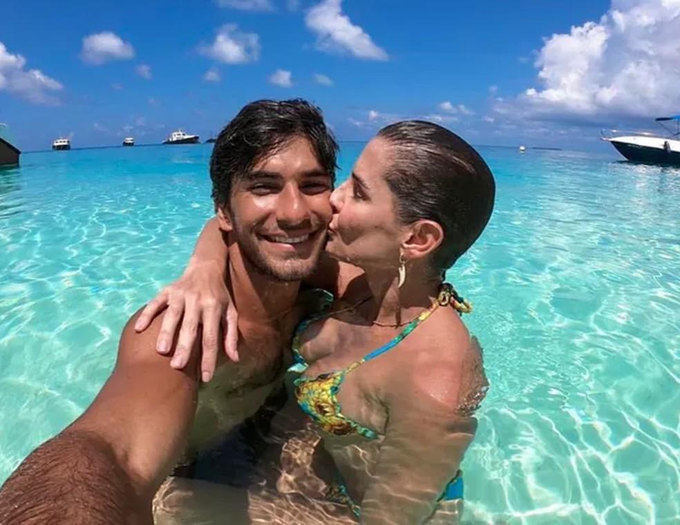 Hugo Moura e Deborah Secco ficaram cerca de uma semana nas Maldivas — Foto: Reprodução/Instagram