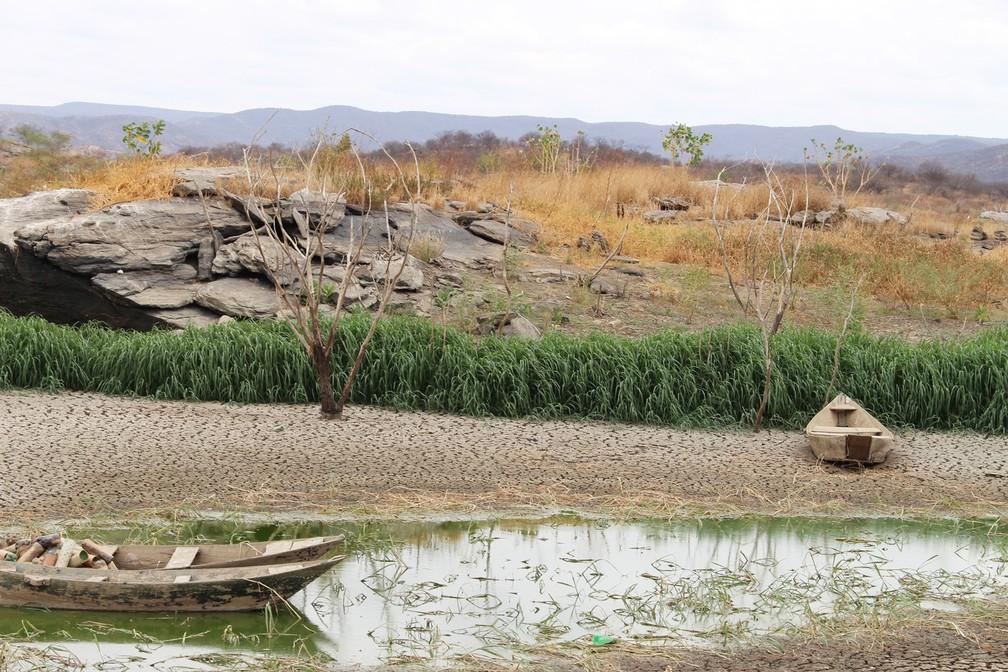Açude Rio da Pedra, em Santana do Matos, está praticamente seco por causa da longa estiagem – RN – Seca no RN – Santana do Matos – Estiagem – Dezembro de 2017 (Foto: Anderson Barbosa/G1)