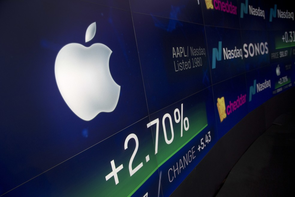 Apple é a 1ª empresa da história a valer US$ 1 trilhão (Foto: AP Photo/Mark Lennihan)