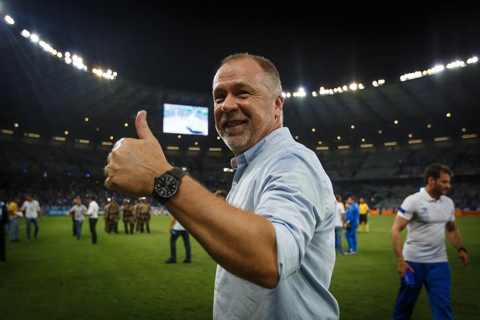 Mano Menezes coleciona séries invictas com o Cruzeiro em inícios de temporadas — Foto: Vinnicius Silva / Cruzeiro