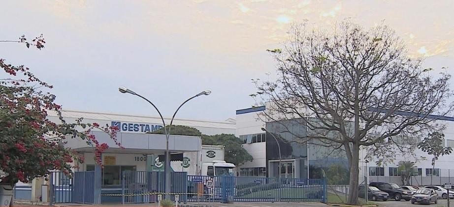 Gestamp reduz jornada e salário na fábrica em Taubaté, SP