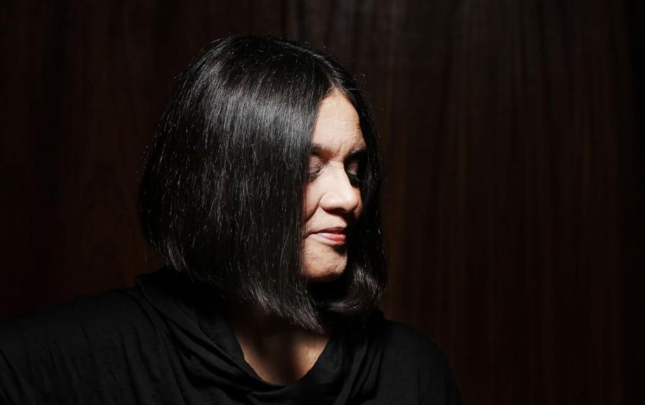 Joyce festeja 70 anos com obra jovial que delineou assinatura feminina na música