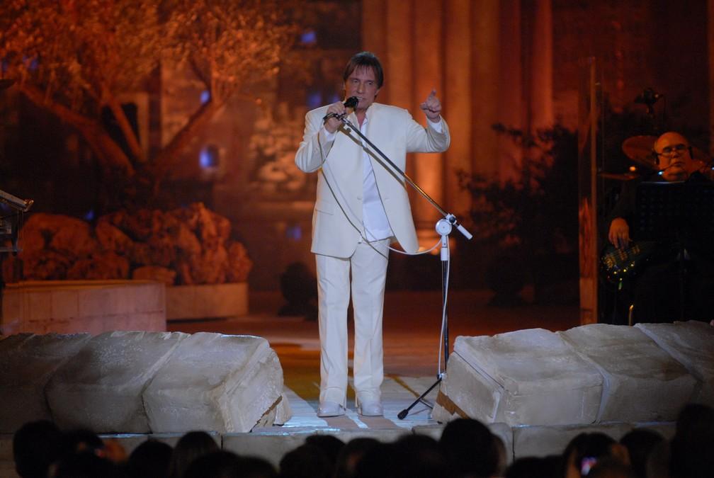Roberto Carlos se apresentou nesta quarta-feira (7), em Jerusalém — Foto: Zé Paulo Cardeal/Divulgação TV Globo