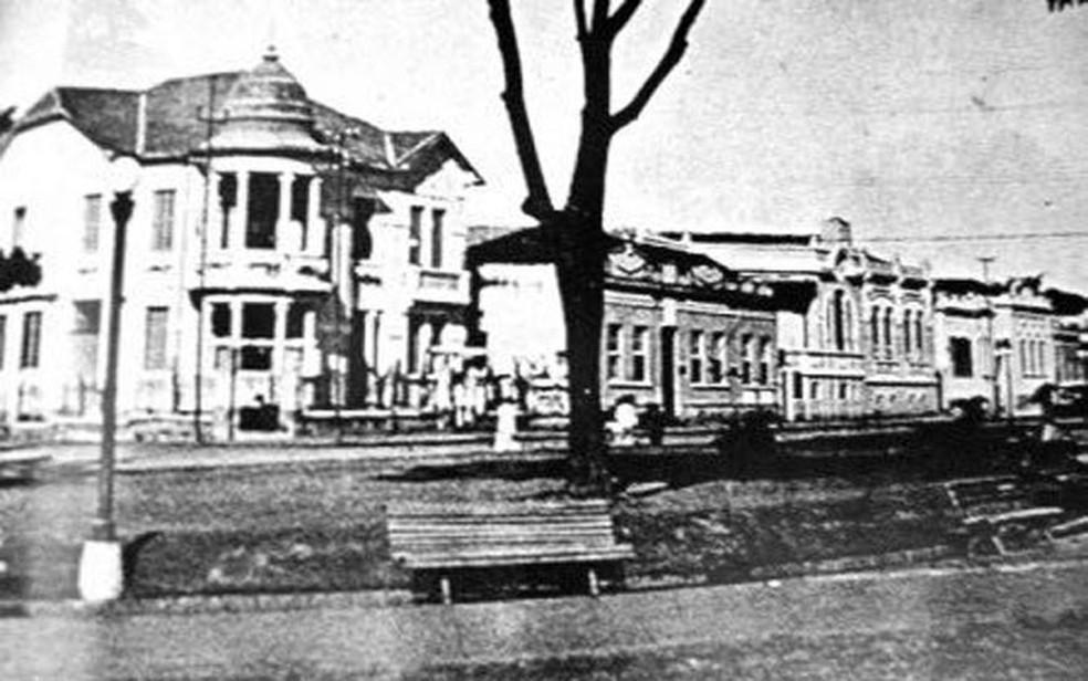 Palacete no centro de Ribeirão Preto, SP alguns anos depois da inauguração — Foto: Claudio Bauso/Arquivo pessoal
