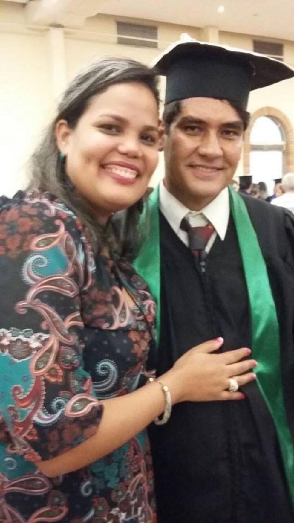 Cleide e João se conheceram pelas redes sociais  (Foto: Arquivo Pessoal)