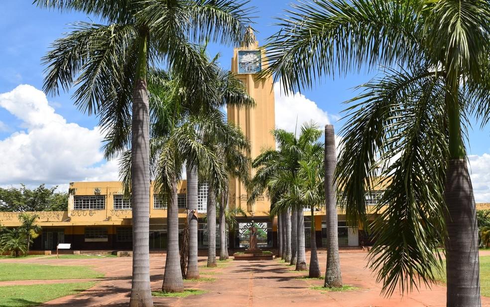 bbb460db4 ... Estação Ferroviária será fechada para as obras de restauração, em  Goiânia — Foto: Paula