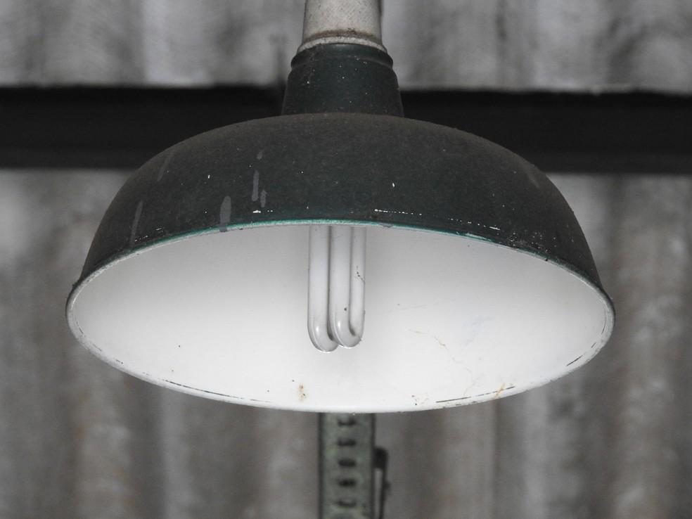 Objetivo da Tarifa Branca é estimular uso de energia fora do horário de pico (Foto: Adneison Severiano/G1 AM)