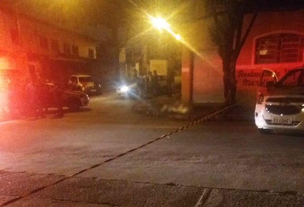 Assaltante foi morto pela polícia em tentativa de assalto na zona sul de São José — Foto: Divulgação/ Redação Rede Policial