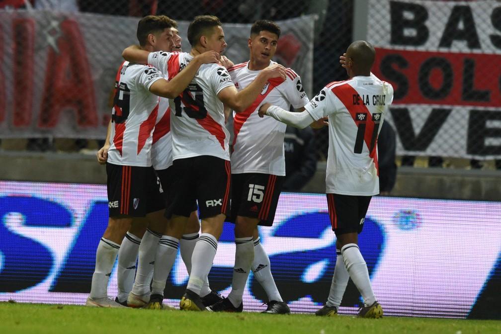 Jogadores do River Plate comemoram vitória sobre o Gimnasia Mendoza, pela Copa Argentina  — Foto: Reprodução / Twitter River Plate